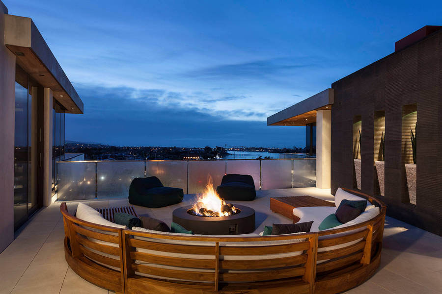 Contemporary Outdoor Patio (3)