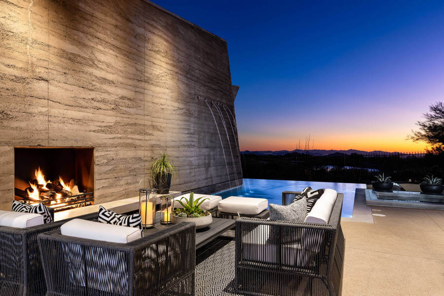 Contemporary Outdoor Patio (51)